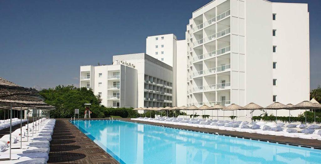 L'Hotel SU 5* è pronto a darvi il benvenuto
