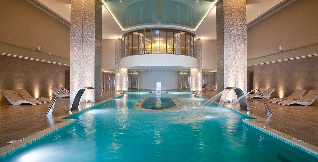 Rilassatevi e ritempratevi in piscina...