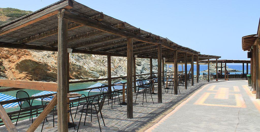 troverete anche uno snack bar sulla spiaggia