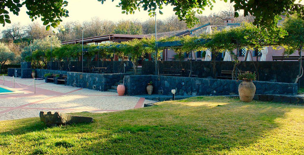 Questa location fantastica immersa nel verde è il luogo ideale per una vacanza in totale tranquillità