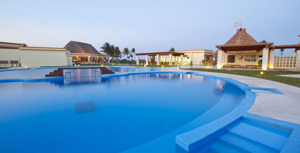 L'azzurro della piscina