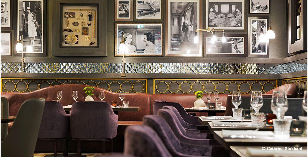 Il ristorante Wunderkammer Drinking & Dining propone il meglio della gastronomia internazionale in un ambiente elegante e modaiolo