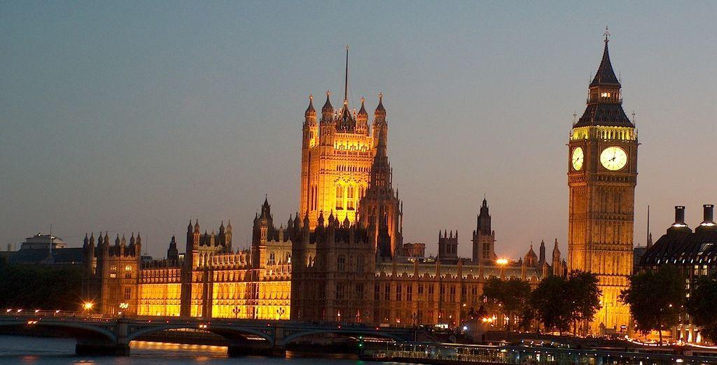 lasciatevi incantare dalle luci e dall'atmosfera della bellissima capitale inglese.