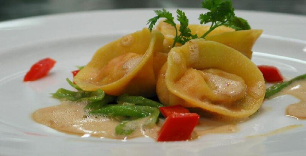 Da provare il mix tra cucina locale e mediterranea che l'Hotel Sole Paradiso vi offre