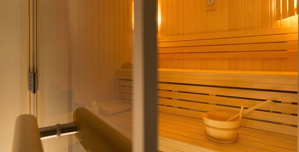 o rilassarvi nel centro benessere Sensation spa, struttura partner di fianco all'hotel