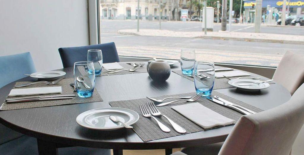 Specialità mediterranee e locali delizieranno i vostri palati