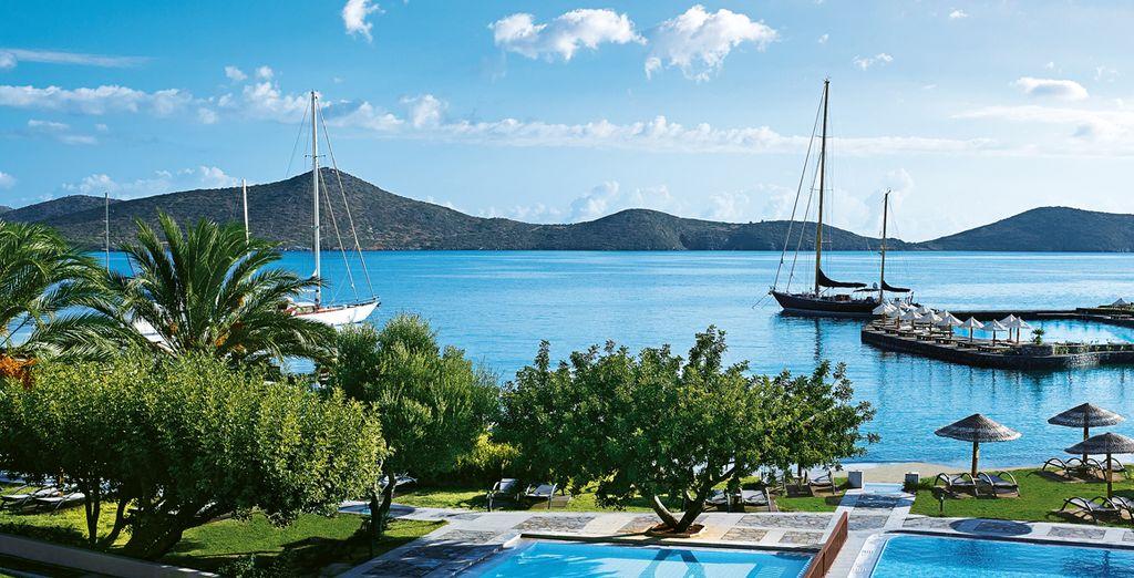 Abbronzatevi osservando i paesaggi incantevoli dell'Isola