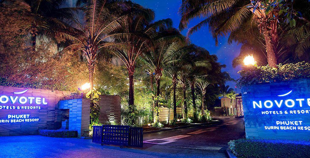 Il Novotel Phuket Surin Beach Resort 4* è pronto ad accogliervi