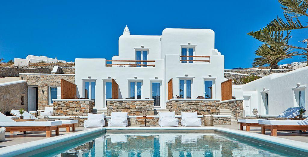 Il Mykonos Waves Beach House & Suites è pronto a darvi il benvenuto