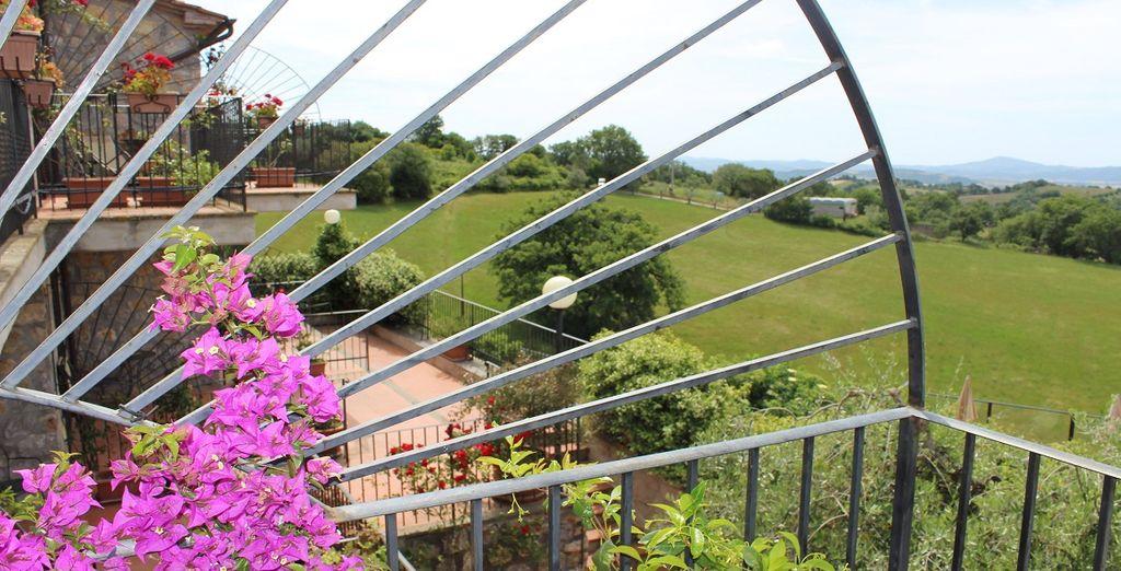 Un relais esclusivo per una tipica vacanza agrituristica in Toscana vi attende.