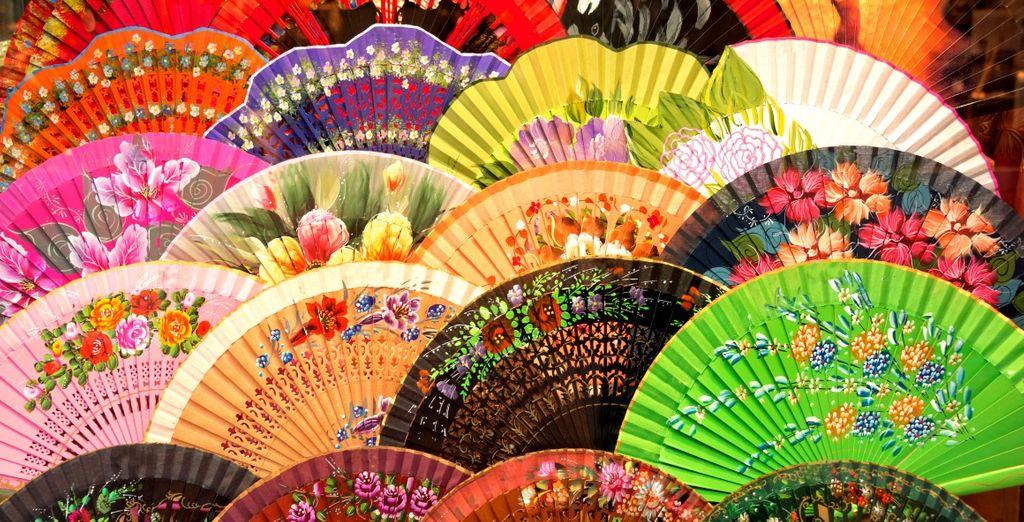 Portate con voi un ricordo di questa regione: i caratteristici ventagli flamenco