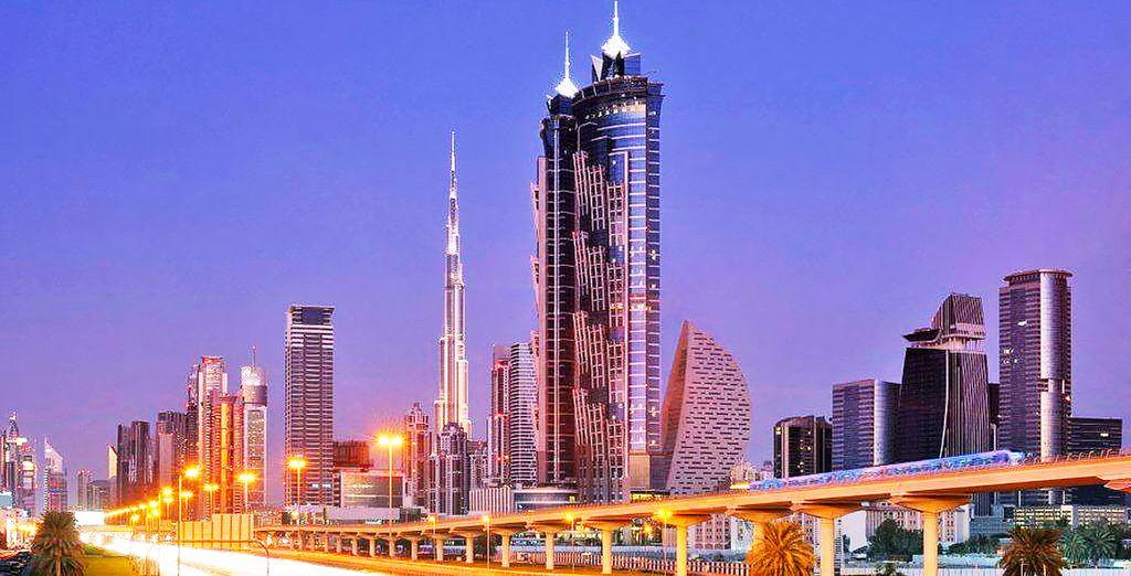Inizierete il vostro soggiorno dall'hotel più alto del mondo: il JW Marriott Marquis di Dubai