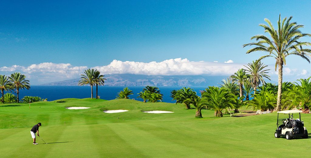 Un campo da golf a 18 buche vi attende!