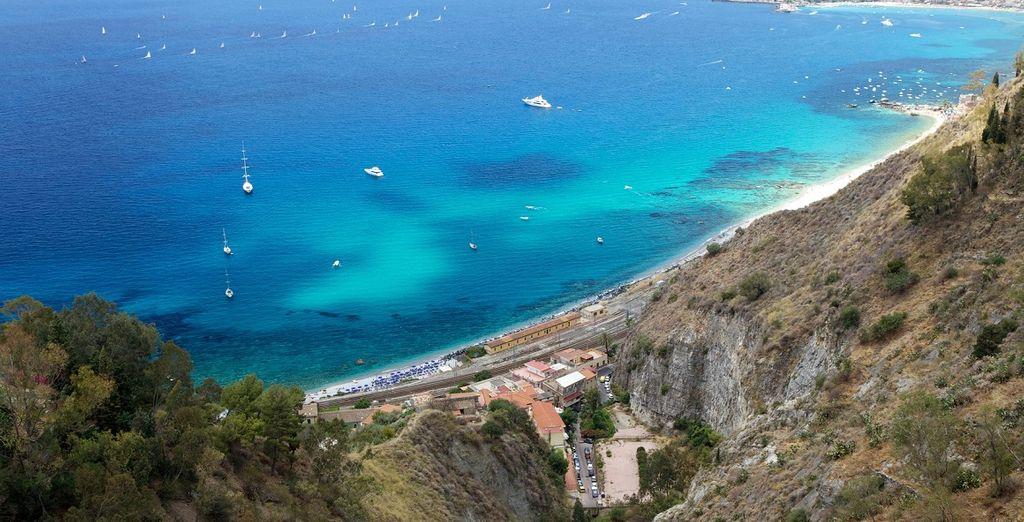 tra i meravigliosi paesaggi della Sicilia.