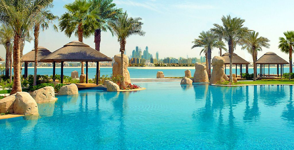 Benvenuti al Sofitel Dubai The Palm Resort & Spa