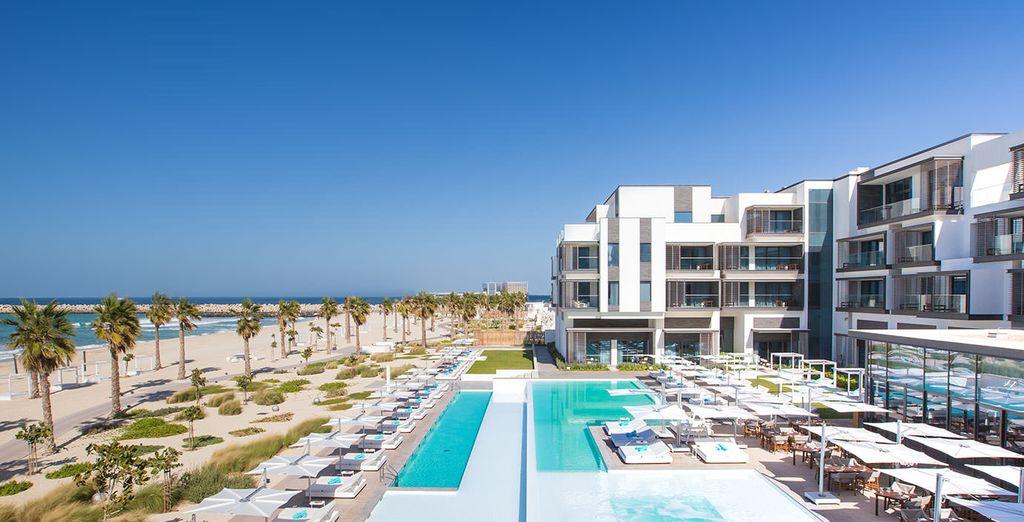 Il Nikki Beach Resort & SPA 5* è pronto a darvi il benvenuto