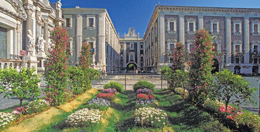 Esplorate il centro storico di Catania