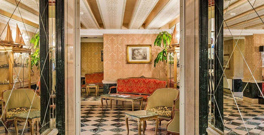 Gli interni in stile classico sono ispirati al XVIII secolo