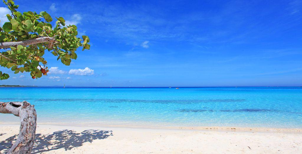 Un hotel affacciato su una delle più belle spiagge dei Caraibi