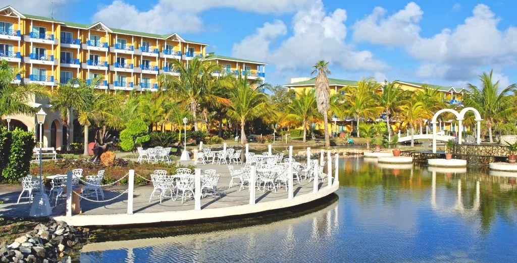 Il Melià Las Antillas 4* è un meraviglioso resort immerso nel verde