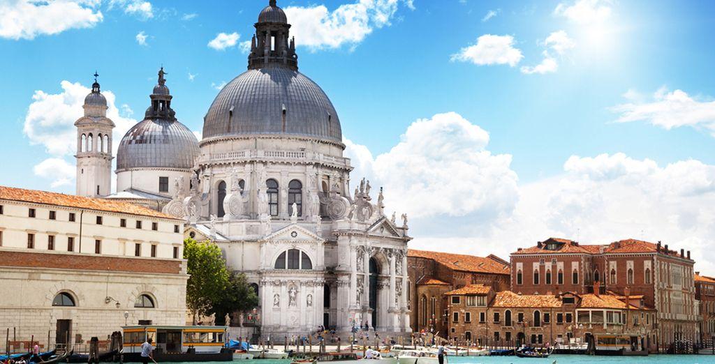 Suggestiva, emozionante, affascinante: non ci sono parole per descrivere una delle città più belle di tutto il Paese.