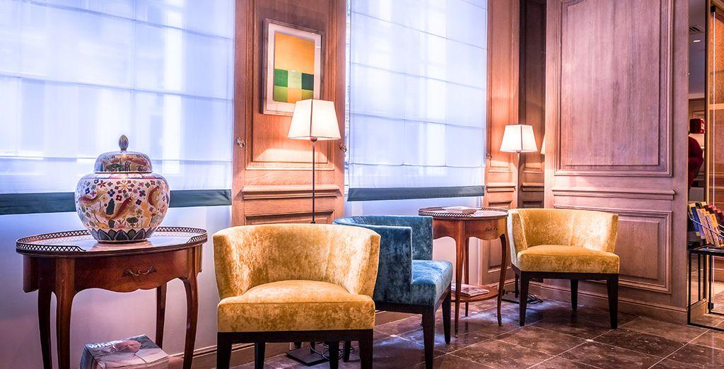 opere d'arte e mobili di design rendono questi ambienti speciali