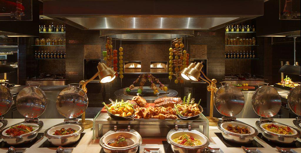 Il tutto in magnifici ristoranti con ambienti eleganti ed accoglienti