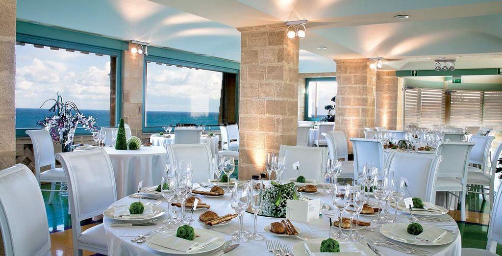 Gusterete specialità della cucina locale presso il ristorante La Conchiglia grazie al trattamento di mezza pensione