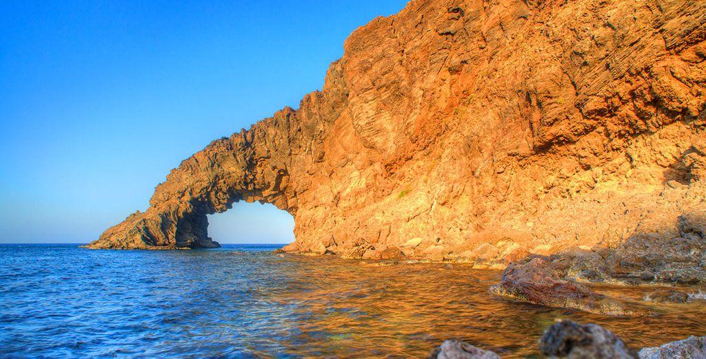 nella splendida Pantelleria.