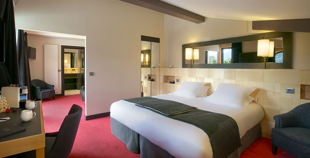 Hotel di alta gamma a Chamonix, Francia, con una confortevole camera doppia e vista sulle Alpi francesi