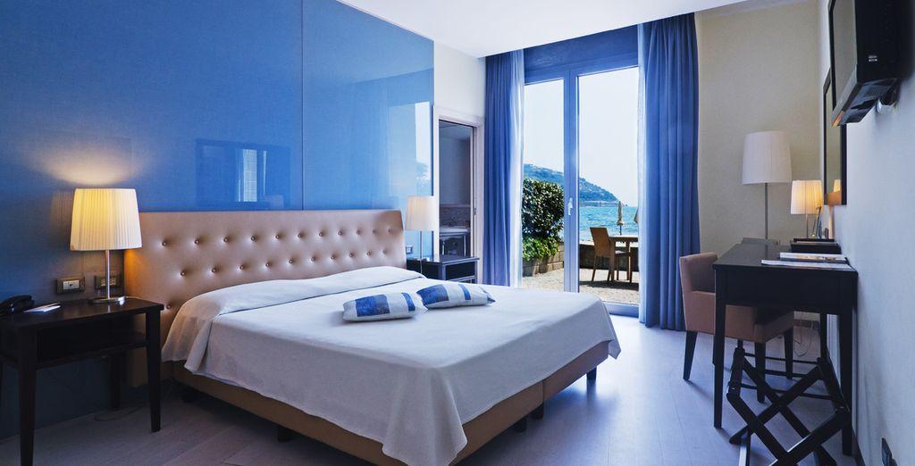 Hotel di charme con letto matrimoniale, terrazza privata e vista sul Mar Mediterraneo