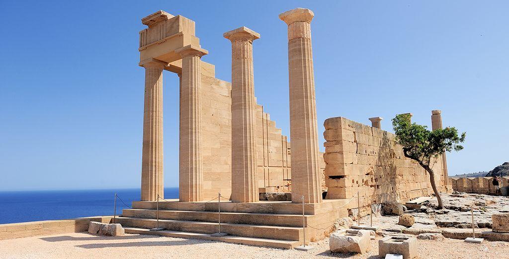 Ammirate le meraviglie del luogo, con i suoi monumenti millenari