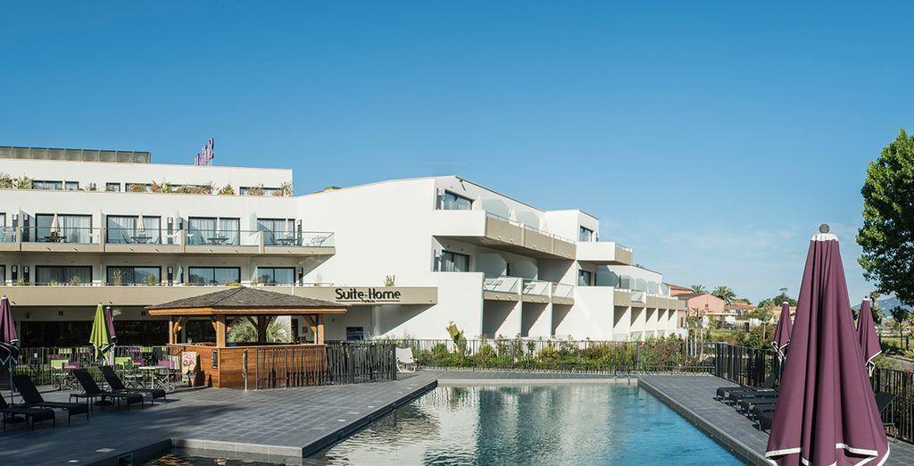 Hotel Suite Home Porticcio 4* con Corsica Ferries