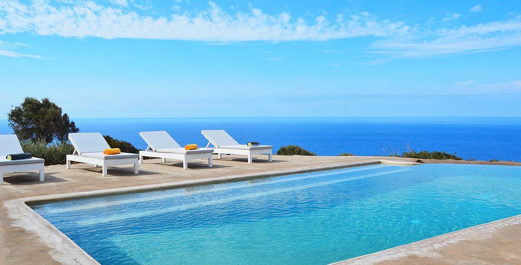 Con piscina privata da dove godere nuotate rigeneranti