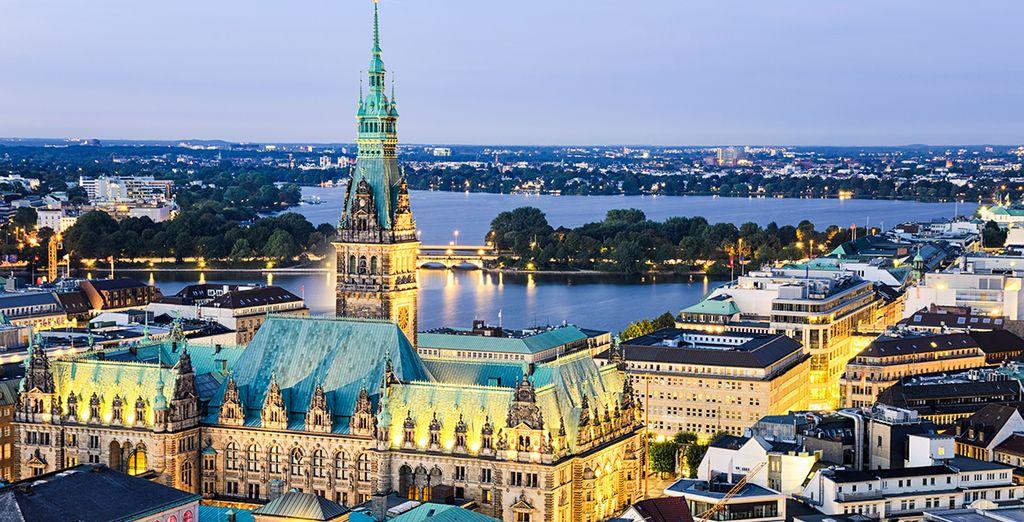 Met de bus bent u binnen 20 minuten in Hamburg, een stad vol verrassingen