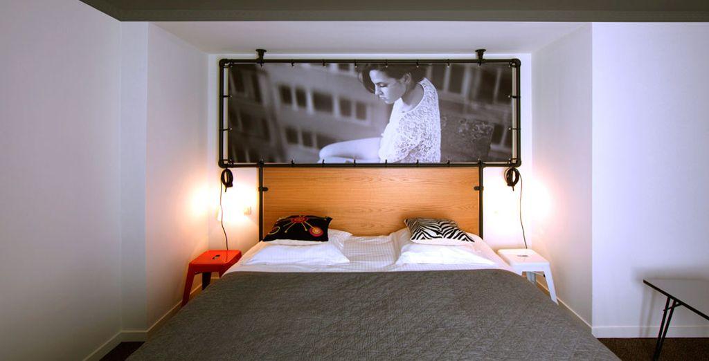 Elke kamer bevat unieke foto's van getalenteerde Belgische fotografen (afbeelding: Deluxe kamer)