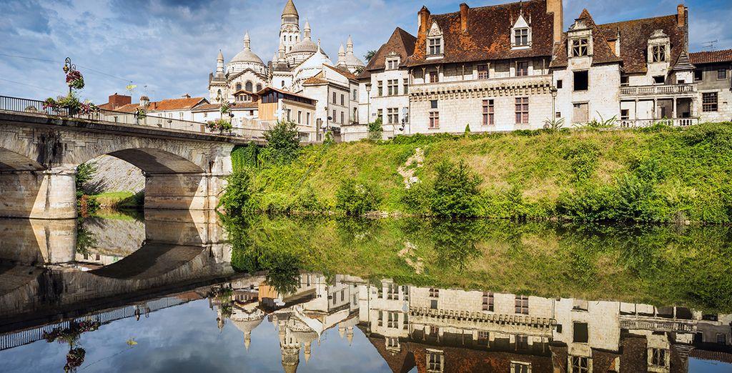 Ga op ontdekking in deze wondermooie streek, met de Périgueux Cathedral