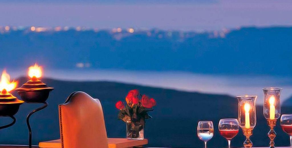 Een plek voor een romantisch diner met een prachtig uitzicht...