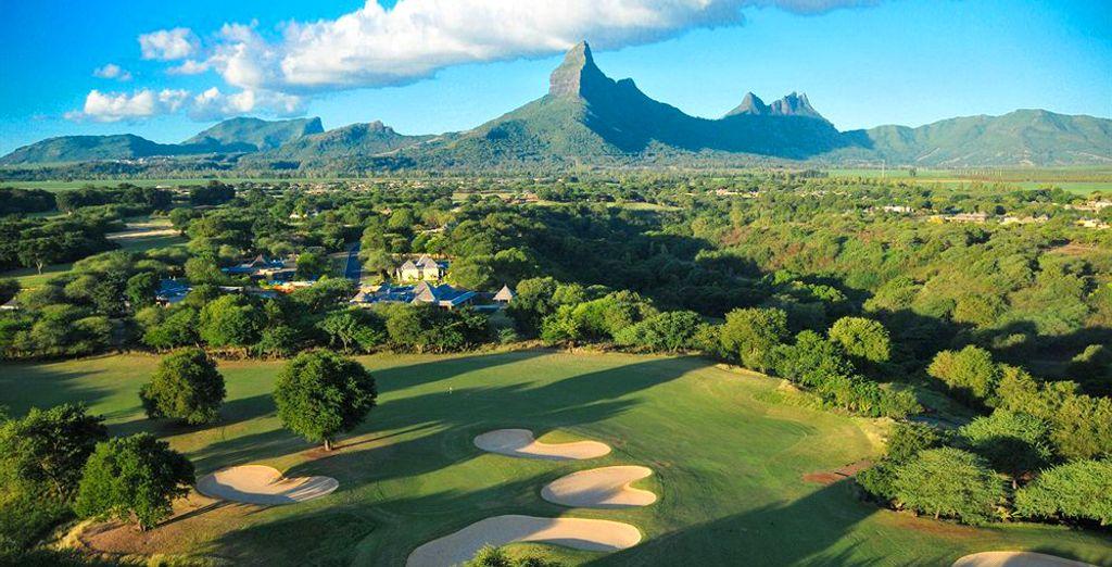 Speel golf op de nabijgelegen golfbanen