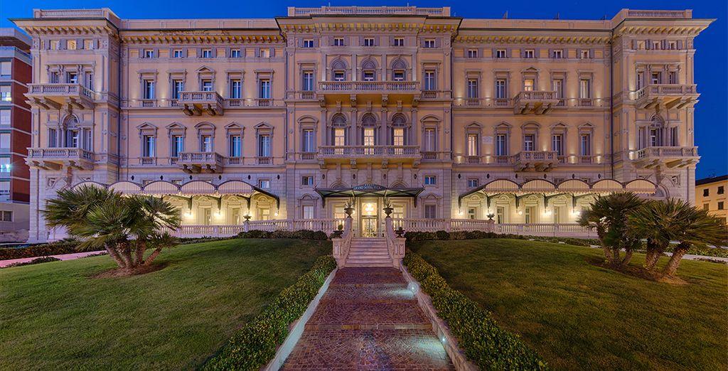 Welkom in het Grand Hotel Palazzo 5*, een historisch pand dat u weet te charmeren