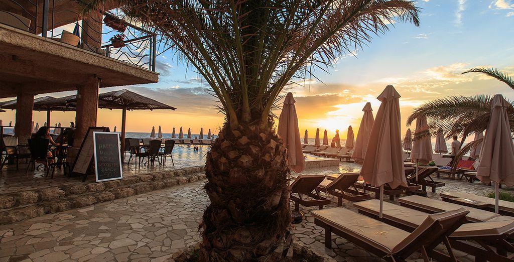 Geniet van het uitzicht over de Adriatische Zee en de gouden zandstranden