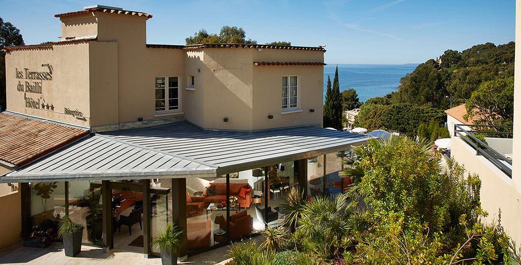 U verblijft in Hotel Les Terrasses du Bailli, een charmant en intiem hotel