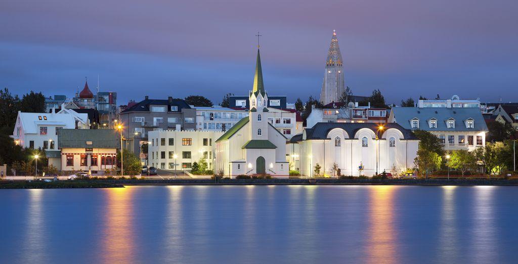 U komt aan in Reykjavik