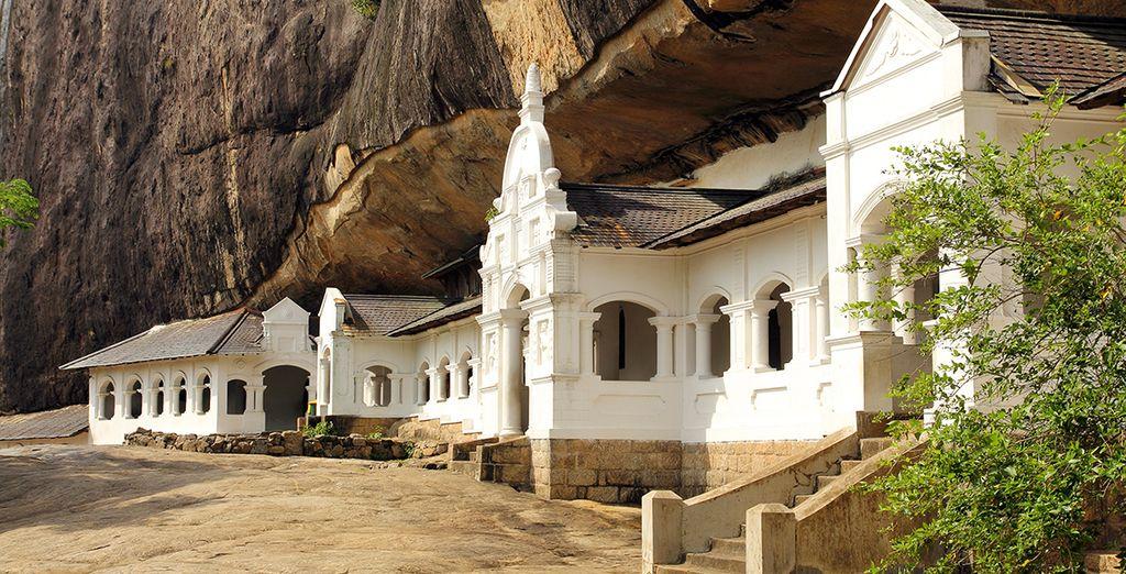 Waar een indrukwekkend tempelcomplex te vinden is in de grotten