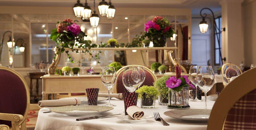 En diner in het restaurant Le Connetable, een gastronomische keuken met 2 Michelin sterren