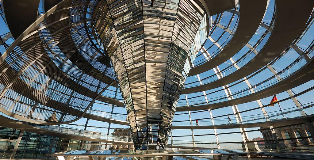 Breng een bezoek aan het Reichstag