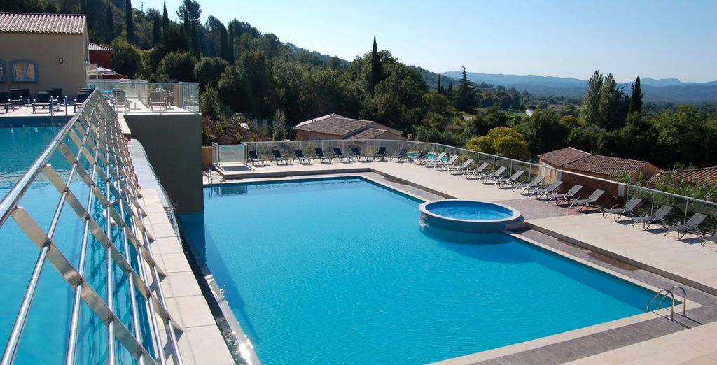 Spend some time soaking up the sun in the South of France! - Chateaux de Camiole 4* Callian