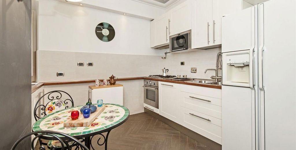 Apartment 2: And kitchen with modern amenities