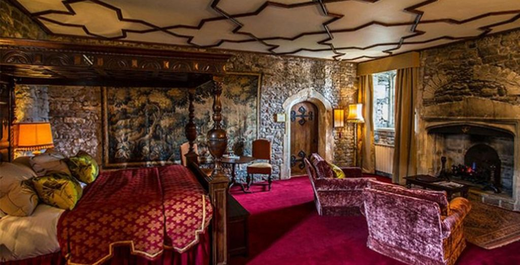 Where a lavish Tudor room awaits you...