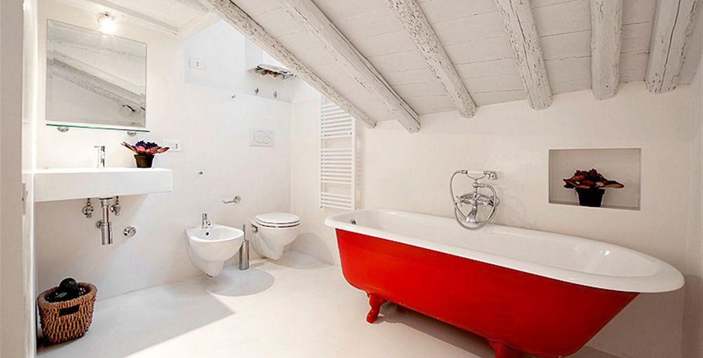 Apartment 4: Exquisite ensuite bathroom